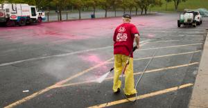pressure washing pavement